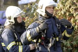 Požáry popelnic a požár prázdného rodinného domu