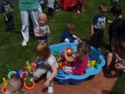 Děti slavily svůj svátek celý den.
